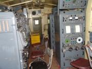 Celkový pohled do kabiny, pracoviště DN, operátorů a imitátor